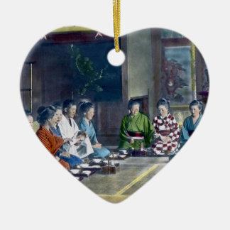 家族 teñido mano japonesa tradicional de la comida adorno navideño de cerámica en forma de corazón