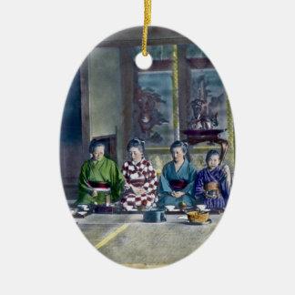 家族 teñido mano japonesa tradicional de la comida adorno navideño ovalado de cerámica