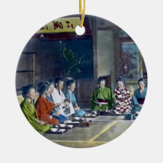 家族 teñido mano japonesa tradicional de la comida adorno navideño redondo de cerámica