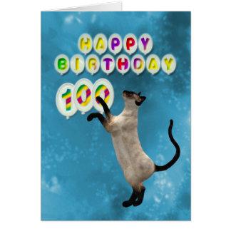 100o Tarjeta de cumpleaños con los gatos siameses