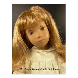 101 Sasha Honeyblonde Silk Dress tarjeta postal