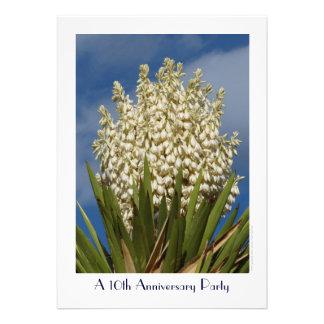 10mo Yuca floreciente de la invitación de la