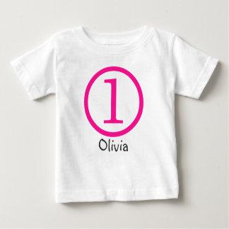1r Chica adaptable de la camiseta del cumpleaños