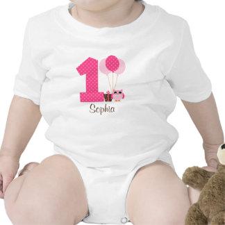 1r chica del cumpleaños de Brown del lunar rosado  Camisetas