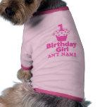 1r Diseño de la magdalena del chica del cumpleaños Camisa De Mascota