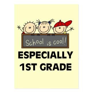1r La escuela primaria es camisetas y regalos Postal