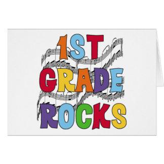 1ras rocas multicoloras del grado tarjeta de felicitación