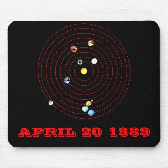 20 DE ABRIL DE 1989 ALFOMBRILLA DE RATÓN