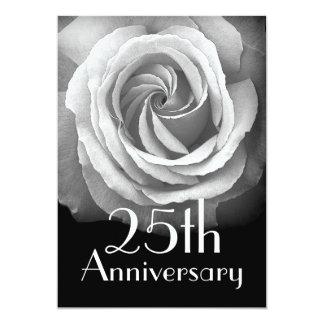 25to Invitación del aniversario - color de rosa DE