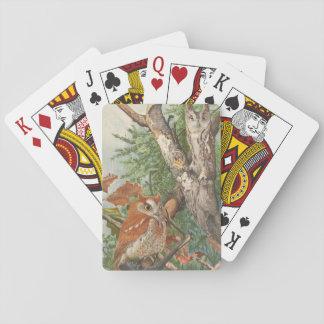 2 búhos enojados del vintage en un árbol barajas de cartas