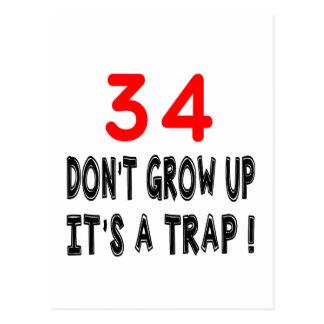 34 no crezca, él es diseños de un cumpleaños de la postal