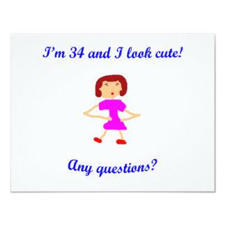 ¡34 soy 34 y parezco lindo! invitación 10,8 x 13,9 cm
