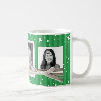 3 rayas lindas de las fotos y verde del día de tazas