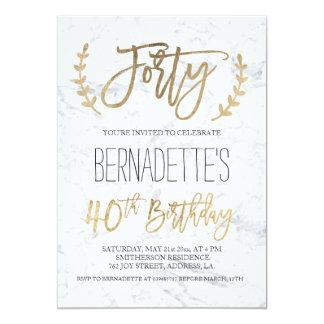40.o cumpleaños del oro del mármol blanco elegante invitación 12,7 x 17,8 cm
