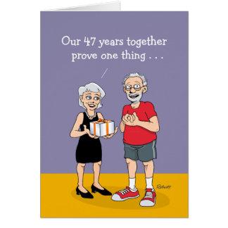 47.o Tarjeta del aniversario de boda: El amor está