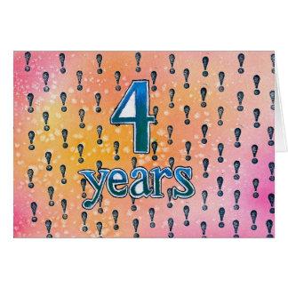 4 años tarjeta de cumpleaños/del aniversario de la