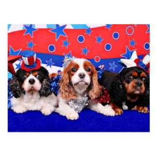 4 de julio - Cavaliers - amapola SweetPea de Rosie Tarjetas Postales
