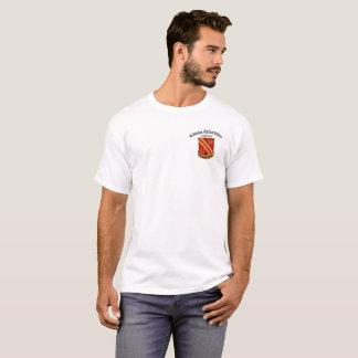 """4to Batallón, 42.a artillería """"flecha recta"""" #2 Camiseta"""