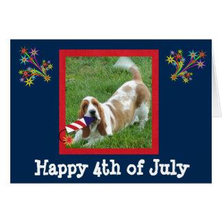 4to de la tarjeta de julio con Basset Hound y