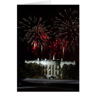 4to de los fuegos artificiales de julio sobre la C Tarjeta De Felicitación