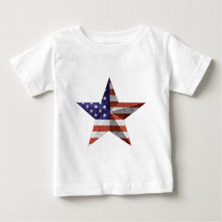 4to del esquema de la estrella de julio con camiseta de bebé
