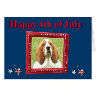 4to divertido de la tarjeta w/Fireworks de julio y