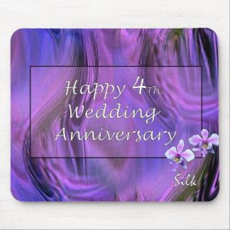 4to feliz Aniversario de boda Alfombrillas De Ratón