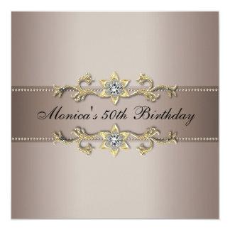 50.a fiesta de cumpleaños de la mujer beige del invitación 13,3 cm x 13,3cm