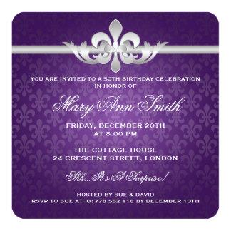 50.a púrpura elegante de la flor de lis de la invitación 13,3 cm x 13,3cm