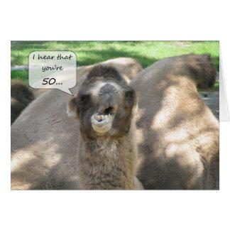 50.o camello feliz del cumpleaños tarjeta de felicitación