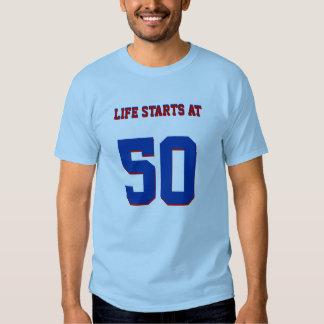 50.o Comienzo de la vida del chiste del cumpleaños Camisetas