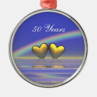 50.o Corazones de oro del aniversario Adorno Redondo Plateado