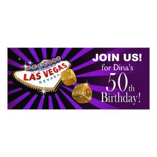 50 o oro de la púrpura del cumpleaños de Las Vegas Invitaciones Personales