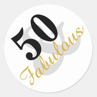 50 y pegatinas fabulosos del cumpleaños pegatina redonda