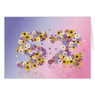 52.a tarjeta de cumpleaños con las letras floridas