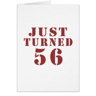 56 apenas dado vuelta tarjeta de felicitación