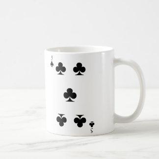 5 de clubs taza de café