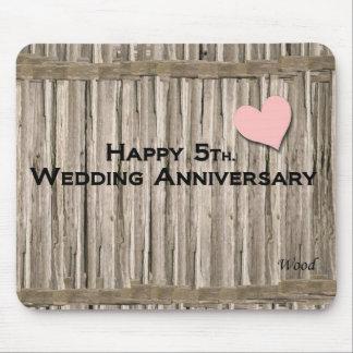 5to feliz. Aniversario de boda Alfombrilla De Ratón