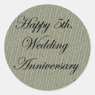 5to feliz. Aniversario de boda Pegatina Redonda