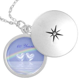 60.o Corazones del diamante del aniversario Pendiente