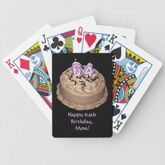 64.a mamá feliz del cumpleaños con la torta cartas de juego
