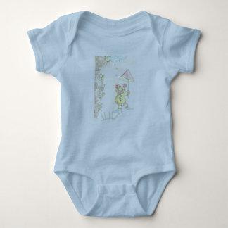 6 meses de camiseta del bebé azul clara