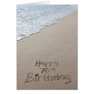 70.a arena feliz de la playa de la tarjeta de