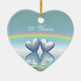 70.o Corazones del platino del aniversario Adorno De Cerámica En Forma De Corazón