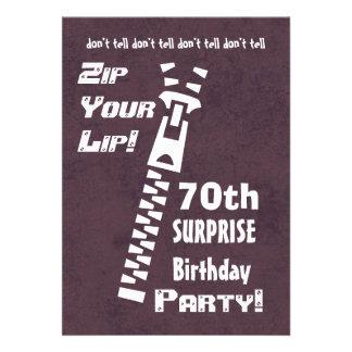 70.o Cremallera del cumpleaños de la sorpresa su G Invitaciones Personales