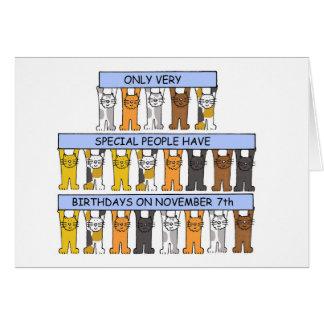 7 de noviembre cumpleaños celebrados por los gatos tarjeta de felicitación