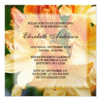 80 a fiesta de cumpleaños de las flores anaranjada comunicados personalizados