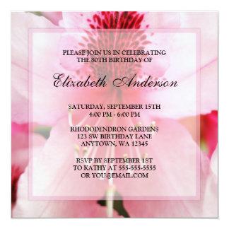 80.a fiesta de cumpleaños de las flores rosadas invitación 13,3 cm x 13,3cm