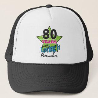 80 años y amor de él 80.o nombre del cumpleaños el gorra de camionero