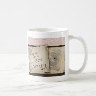 80.os saludos pasados de moda del cumpleaños tazas de café